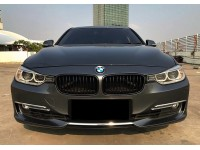 BMW 335i Luxury Line 3.0 Twin Turbo 2013/2012 Free Service 2022