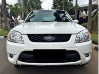 Ford Escape Limited 2011 at Istimewa KM Low