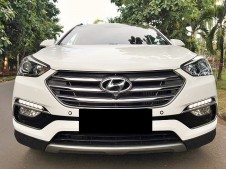 Hyundai Santa Fe Diesel 2018/2017 KM Low Record Power Back Door